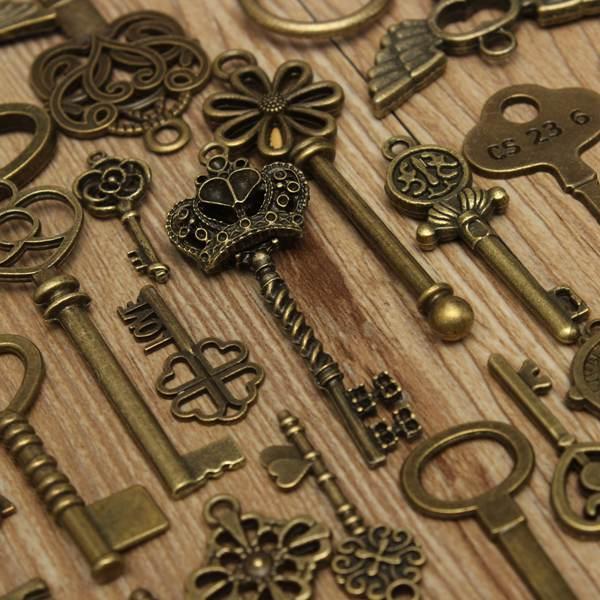 Mixed Vintage Key Pendant