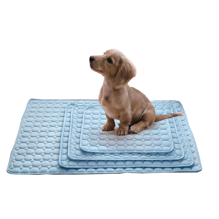 Summer Ice Pad Pet Собака Kitty Cooling Pet Bed Ice Pad Cushion Pet Soft Безопасность Pad охлаждения Кот Собака Mat