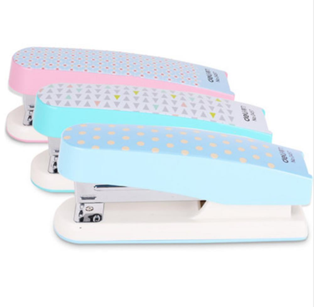 1 unids Deli Stapler 0457 Cute Student Stapling Stationery Office Supplies