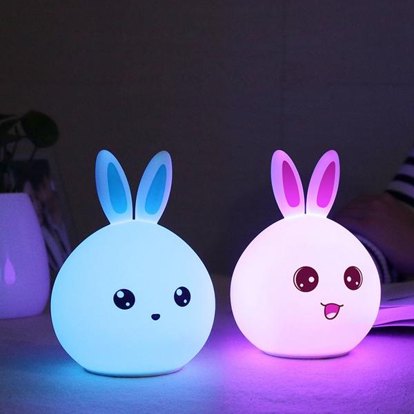 Farbe ändern Silikon Kaninchen Nachtlicht FernbEdienung Nachladbare Nachttischlampe