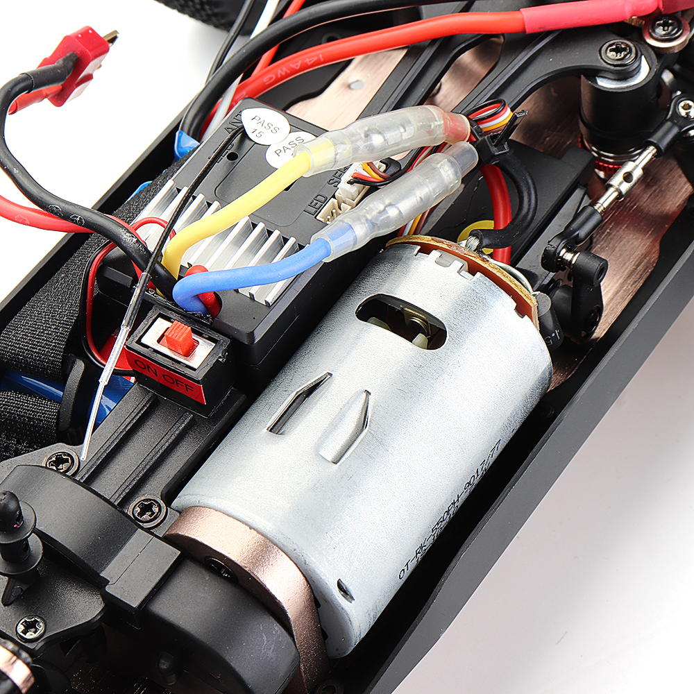 1d8ecfe5 18dd 41a6 a866 0f4b394e289c Wltoys 144001 1/14 2.4G 4WD High Speed Racing RC Car Vehicle Models 60km/h Two Battery 7.4V 2600mAh