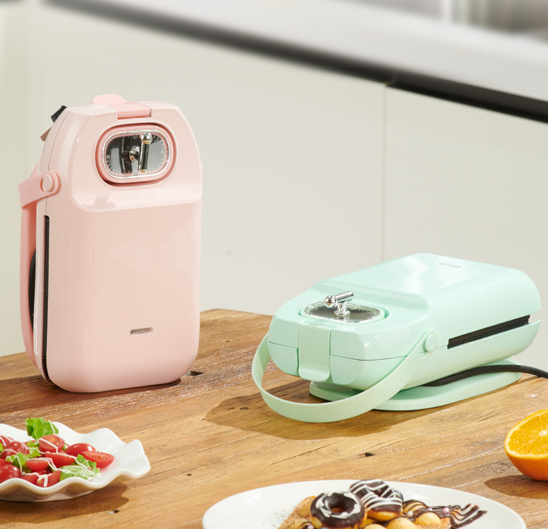 LyRay EL-3003A Electric Waffles Maker Iron Sandwich Maker Machine Bubble Egg Cake Oven Breakfast Waffle Machine 700W