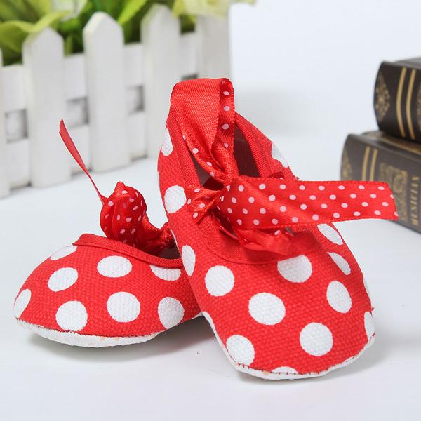 Новорожденный девочка младенец малыш лук точка кроватки коляску мягкой подошвой обуви