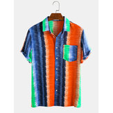 Hommes Colorful Stripe Rainbow Print Poitrine Pocket manches courtes Holiday Casual Shirts