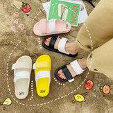 Netto Czerwone Pantofle Kobiet Sezon Flat Bottom Wear Moda Nowe dzikie antypoślizgowe Sandały Beach Ins Tide