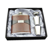 7 oz de acero inoxidable Portable Whiskey Hip Flask prensado en relieve Pot de cuero de la PU Mini botellas de jarra flagon Set regalo Caja con copa y embudo