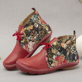 LOSTISY Flowers Pattern Splicing Solid Color Round Toe Comfy Lace-up Flat Ankle Boots