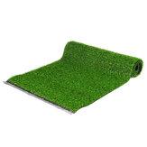 Műfüves gyep szintetikus fűszőnyeg beltéri kültéri táj zöld dekorációval