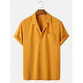 Chemises à manches courtes simples pour hommes avec col à revers et poche poitrine