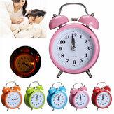 Clássico silencioso alarme duplo sino Relógio movimento de quartzo conciso cabeceira luz da noite decoração da sua casa