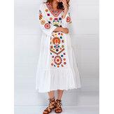 المرأة العرقية الخامس الرقبة طويلة الأكمام الأزهار طباعة اللباس مطوي