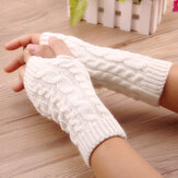 Crochet Knitting Hangat Winter Hand Warmer Gloves