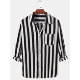 Camisas casuais masculinas com listras verticais com bolso no peito