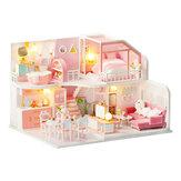 DIY Boneca House Handmade Girl Coração Small House Model montado Art Villa Toy Presente de aniversário Girl