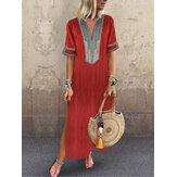 ヴィンテージ女性のフォークスタイルのVネック半袖ドレス