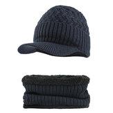 Outdoor Plus Sciarpa in velluto lavorato a maglia Set Spot Outdoor Winter Warm Ski Dolcevita Beanie Cap Paraorecchie