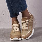 Sneakers con zeppa stringate traspiranti con punta tonda da donna di grandi dimensioni
