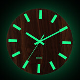 جدار خشبي ساعةحائط يتوهج في الظلام غرفة المعيشة الكوارتز الصامتة المضيئة
