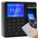 L'employé biométrique d'horloge de machine de présence d'empreintes digitales vérifie dans le dispositif