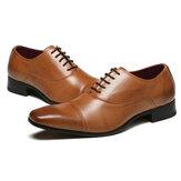 Mężczyźni ubierają formalne oksfordzie skórzane buty szpiczaste buty ślubne na co dzień biznes