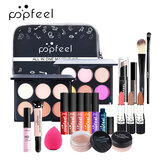 POPFEEL Makeup Set Voller Lippenstift isoliert