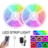 2PCS 5M RGB LED Tira de luz SMD5050 / 2835 DC12V Lámpara de cinta flexible no impermeable + Control remoto + Adaptador de corriente