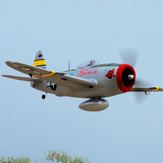 Dynam P-47D Thunderbolt V2 1220mm Wingspan EPORC飛行機WarbirdPNP、アップグレードされた電源システム付き