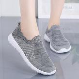Damskie buty do biegania z wygodnymi trampkami z siatki