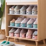 防塵靴ラック家庭はシンプルな靴ブラケットオーガナイザー履物サポートを受けます