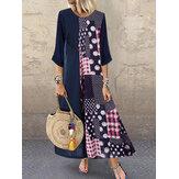 Vestido de retalhos com estampa de bolinhas