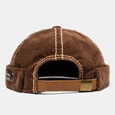 Męskie brązowe sztruksowe regulowane stałe francuskie czapki bez rondu Czapka retro Czaszka Czapka marynarska