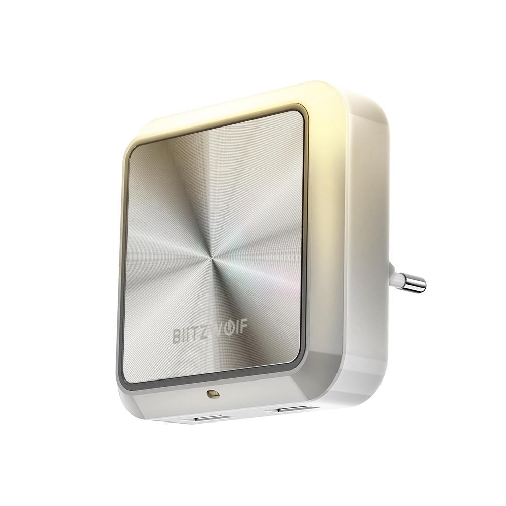BlitzWolf® BW-LT14 Plug-in Smart Light Sensor LED Night Light with Dual USB Charging Socket