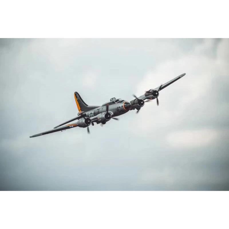 QTMODEL B-17 Bomber 1830mm Wingspan Airplane EPO Warbird RC Aircraft KIT/PNP