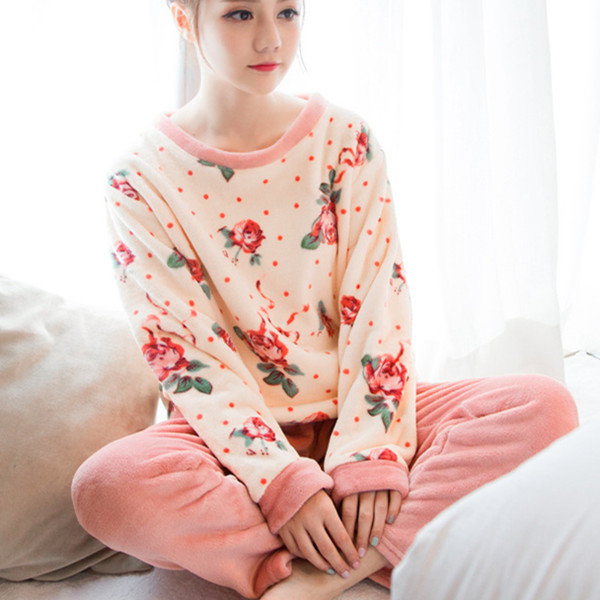 Comfy Thicken Coral Velvet Floral Printing Pajamas Flannel Long Sleeve Sleepwear Sets For Woman