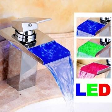 LED Acabado de latón baño grifo de la cocina del grifo del fregadero cascada bañera mezcla de vidrio sola manija
