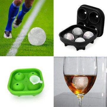 1 UNID Serie de Fútbol 4 Compartimentos Molde de hielo Forma Bandeja Forma 3D Hielo Cube Molde Silicona Fabricante de Verano 3D Hielo Cube Molde Whisky Molde de Hielo